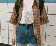 64 Popular Grunge Outfits Ideas For Women That You Need To See Source by clothes ideas Indie Outfits, Korean Outfits, Retro Outfits, Vintage Outfits, Cool Outfits, Summer Outfits, Casual Outfits, Hipster Outfits, Soft Grunge Outfits