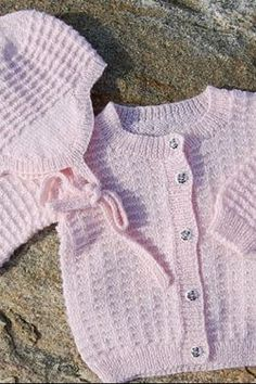 Baby- børnetrøje med hue