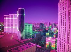 Image shared by Caitie. Find images and videos about pink, city and purple on We Heart It - the app to get lost in what you love. Steam Punk, Festivals, Damien Chazelle, Grunge, Saints Row, Neon Glow, Kawaii, Purple Aesthetic, Retro Futurism