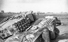 Panzerkampfwagen VI Tiger (8,8 cm L/56) Ausf. E (Sd.Kfz. 181) Nr. 102