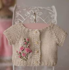 knitting for beginners hats knitting patterns baby knitting patterns using chenille yarn Baby Knitting Patterns, Knitting For Kids, Baby Patterns, Hand Knitting, Crochet Patterns, Knitting Ideas, Knitted Doll Jacket, Knitted Dolls, Knitted Baby