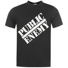 """A januári Super Bowl döntőn, az NBC állomáson futott egy promó filmzene, az instrumentális változata egy Public Enemy számnak, a """"Nehezebb, mint gondolnánk"""", míg az Oscar-díjra jelölt Selma című filmben szintén egy dal hallható az együttestől: """"Mondd el, mintha igaz lenne """". APublic Enemy karrierje persze sokkal régebbre... T Shirt Fonts, Superman, Oscar, Super Bowl, Mens Tops, Sunday, Shirts, Band, Fashion"""