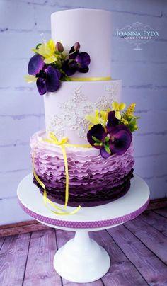 Purple Wedding Cake by Joanna Pyda Cake Studio Cake Design Inspiration, Wedding Cake Inspiration, Fondant Cakes, Cupcake Cakes, Watercolor Cake, Candy Cakes, Wedding Cakes With Cupcakes, Painted Cakes, Rose Cake