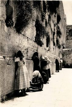Wailing wall..pray for the peace of Israel