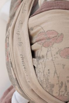 Natibaby Poppies Cotton/Linen by Maverick Baby Woven Wrap, Baby Wearing, Cotton Linen, Poppies, Baby Slings, Vintage Outfits, Wraps, Stylish, How To Wear