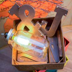 LAMPE BALADEUSE MASON JAR Diy Kits, Mason Jars, Table Lamp, Home Decor, Parties, Canning Jars, Diy Room Decor, Light Fixture, Homemade Home Decor