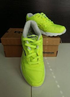 Kup mój przedmiot na #vintedpl http://www.vinted.pl/damskie-obuwie/obuwie-sportowe/14249090-reebok-classic-ventilator-36-neon-zolty