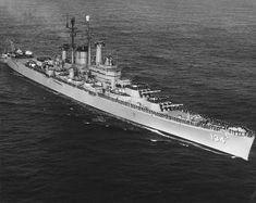 Navy Military, Military Photos, Uss Des Moines, Blue Water Navy, Navy Coast Guard, Us Battleships, Heavy Cruiser, Us Navy Ships, Naval History