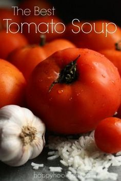 Best Homemade Tomato Soup from Garden-Fresh Tomatoes BEST HOMEMADE TOMATO SOUP EVER! Make the best homemade tomato soup with fresh, tomatoes with this quick and easy recipe. Crazy-good with just a handful of ingredients. Best Tomato Soup, Cream Of Tomato Soup, Tomato Soup Recipes, Canning Tomato Soup, Garden Tomato Recipes, Tomato Rice Soup, Spinach Recipes, Great Recipes, Favorite Recipes