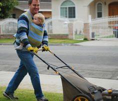 Yard work #ergobaby #idealmothersday #babywearing