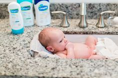 8 Tips for Baby's First Bath