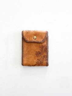 vintage 70s tooled leather snap wallet