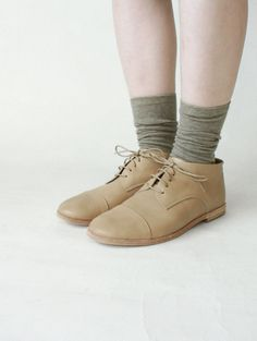 vegetable tanned leather straight tip shoes