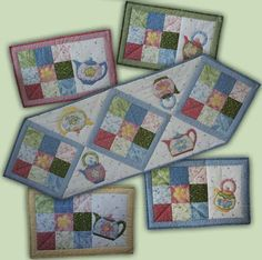 dresden plate table mat pattern | ... mats a gorgeous table runner and four place mats come in this pattern