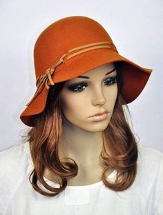 Chapéu laranja de lã