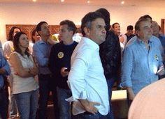 Aécio ignora acusações que ele próprio tinha feito a Temer e PMDB   O PSDB omitiu em suas alegações finais ao Tribunal Superior Eleitoral (TSE) acusações que o próprio partido havia feito ao presidente Michel Temer e ao PMDB quando pediu a investigação da chapa liderada por Dilma Rousseff. A comparação entre os dois documentos evidencia a mudança de visão dos tucanos sobre o processo quando na peça inicial pedia a punição aos beneficiários das irregularidades, em clara referência a Temer, e…