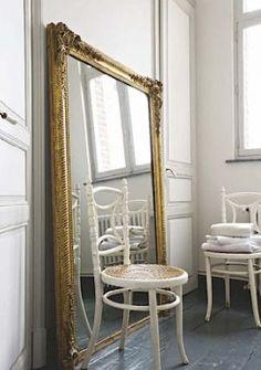 Decorating with mirrors - www.myLusciousLife.com - gilt-mirror.jpg