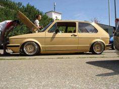 Sweet! Volkswagen Golf Mk1, Vw Mk1, Bbs, Vw Group, Golf 1, Man Cave Garage, Antique Cars, Porsche, Mk 1