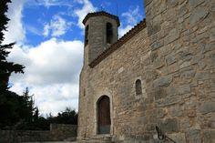 Sant Salvador de Rojals, Muntanyes de Prades, Tarragona, Catalunya.