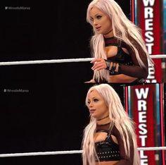 All Wwe Divas, R Truth, Wwe Female Wrestlers, Wrestling Divas, Wwe Womens, Monday Night, Girl Boss, Champs, Banks