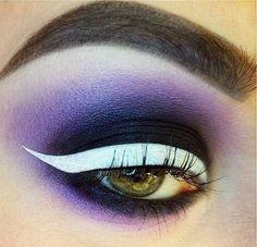 WEBSTA @ agentsometime - Dis white eyeliner tho. #makeup #whiteeyeliner #katvond #katvondbeauty #sugarpill #anastasiabeverlyhills #urbandecay  #featuremuas #flawlessdolls #wiccac #hudabeauty