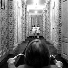 Stanley Kubrick's adaptation of Stephen King's horror novel The Shining stands as one of the true classics of creepy cinema. The Shinig, Scary Movies, Great Movies, Dark Romance, Films Cinema, Cinema Cinema, Stephen King, Bon Film, Poster S