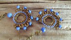 Joyería artesanal, pendientes de joyería artesanal, pendientes mostacilla, pendientes cristal azul facetado,pendientes boho, pendientes 2017 de IrisTienda en Etsy