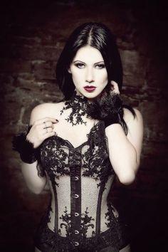 Hot Goth Girls, Gothic Girls, Fashion Outfits, Womens Fashion, Fashion Tips, Style Fashion, Gothic Models, Goth Beauty, Goth Women