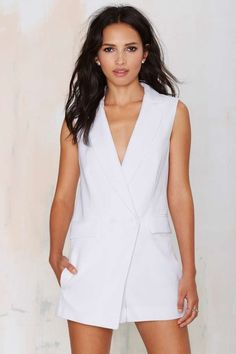 The Suit Up Tuxedo Romper is perfect with oxfords and a crossbody bag for a drop dead gorgeous look.