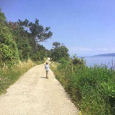 Eine herrliche Wanderung an Rabac an der Küste #istrienmitkindern #istrienmitbaby #kroatienmitkindern