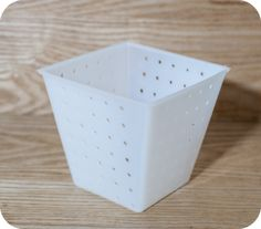 Twisted pyramid cheese mold