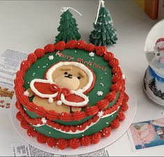 Pretty Birthday Cakes, Cake Photos, Cake Board, Cake Decorating, Kawaii, Photo And Video, Desserts, Instagram, Ideas