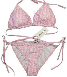 Cute Swimsuits, Cute Bikinis, Vintage Swimsuits, Style Surfer, Mode Outfits, Fashion Outfits, Pink Bikini Set, Dior, Bikini Outfits
