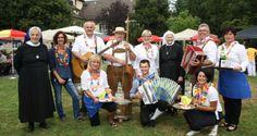 Stimmungsvolles Sommerfest im Pflegeheim Jesuheim in Oberlochau - Leiblachtal erleben Mood, Laughing, Nursing Care