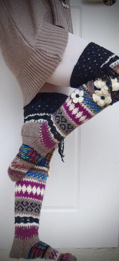 Ankortit: Kahdet sukat! Thigh High Socks, Thigh Highs, Knee Highs, Knit Crochet, Crochet Hats, Thick Socks, Knitting Socks, Leg Warmers, Fingerless Gloves