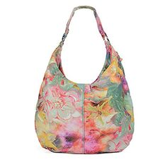 Gabor is an iconic Hobo! Known for the slouchy shape and thick strap, this bag is easygoing and fashionable.