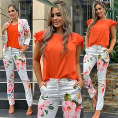 Looks Chic, Casual Looks, Floral Pants Outfit, African Inspired Clothing, Saturday Outfit, Look Fashion, Womens Fashion, Casual Tops For Women, Ladies Dress Design