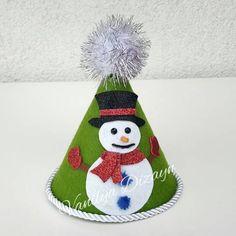El yapımı kardan adam parti şapkası
