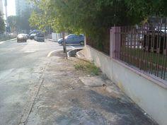 Lubang BESAR di Jalan Taman Greenview 1 AKHIRNYA diTUTUP !!  Terima kasih JKR !!!