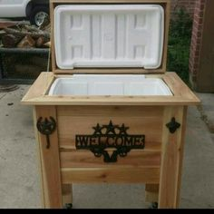 rustic ice cooler, will make upon request with half down and the rest upon completion. Price will vary on size of cooler, wood and decor . Box includes spigot, casters, bottle opener, towel hanger. All my projects are made with new wood... Starting price $150 and higher. This particular cooler is made from cedar and runs approx 300.00