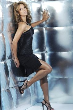 A gallery of her sexy bikini gifs. Eva LaRue near naked / nude photos. Hottest Eva LaRue ever. Butt all time. Sexy Outfits, Sexy Dresses, Cute Dresses, Fashion Outfits, Blond, Eva Larue, Live Girls, Glamour Shots, Great Legs