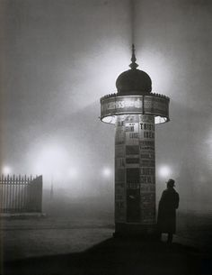 Brassaï, Colonna Morris, 1933