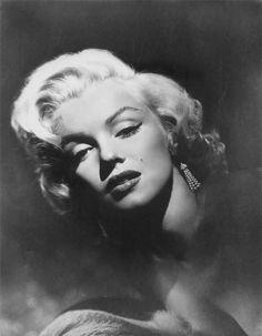 Marilyn Monroe by Frank Powolny 1953