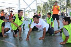CREO: Taller deportivo reunió a destacados futbolistas con niñas y niños bosquinos