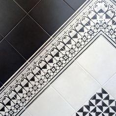 Black & White #vivesceramica #handmade #tiles #decor #archilovers #architecture #loverdecor #minimal #blackandwhite #hydraulic #details