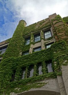 Haggerty Engineering Hall at Marquette University.