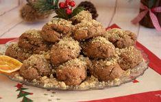 Μελομακάρονα με τις καλύτερες πρώτες ύλες, τα τρώμε χωρίς τύψεις και χωρίς να βλάπτουμε τον οργανισμό μας. Αν ακολουθήσετε τη συνταγή που προτείνει η food blogger Ευαγγελία Βλασσοπούλου, θα έχετε Healthy Sweets, Healthy Recipes, Healthy Food, National Dish, Christmas Treats, Fun Desserts, Sugar Free, Sweet Tooth, Healthy Living