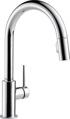 Trinsic Single-Handle Pull-Down Sprayer Kitchen Faucet in Chrome Featuring MagnaTite Docking
