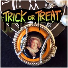 Trick or Treat??  Easy, treat please, make it a piece of #wearingmemories #jewellery #veuveclicquot