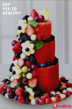 Healthy Birthday Cakes, Fruit Birthday Cake, Birthday Gifts, Cake Made Of Fruit, Fresh Fruit Cake, Watermelon Fruit Cakes, French Fruit Tart Recipe, Fruit Platter Designs, Baby Shower Fruit
